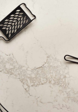 Quartz & Composites-Statuario Maximus