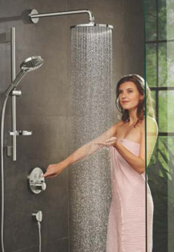 Shower  Enclosures-POWDERRAIN